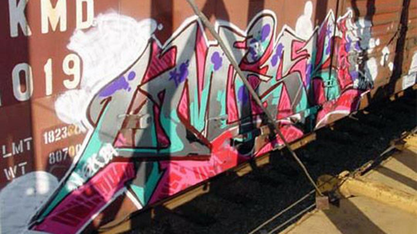 Misk1_Street_Spraypaint_Burners19.jpg