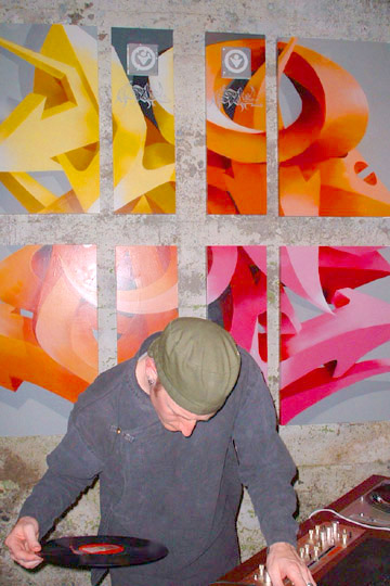 DJ+love.jpg