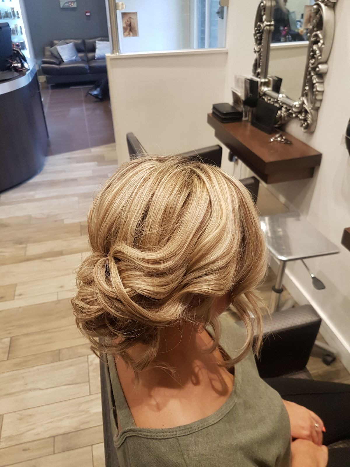 One of he many variations of our style 'Elsa'. Elegant and chic but also wearable on a night on the town and available at the Style Station for £12/£20 depending on whether you want to rock the curls or not.