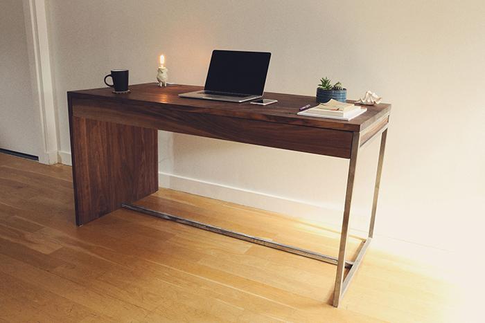 16-desk.jpg