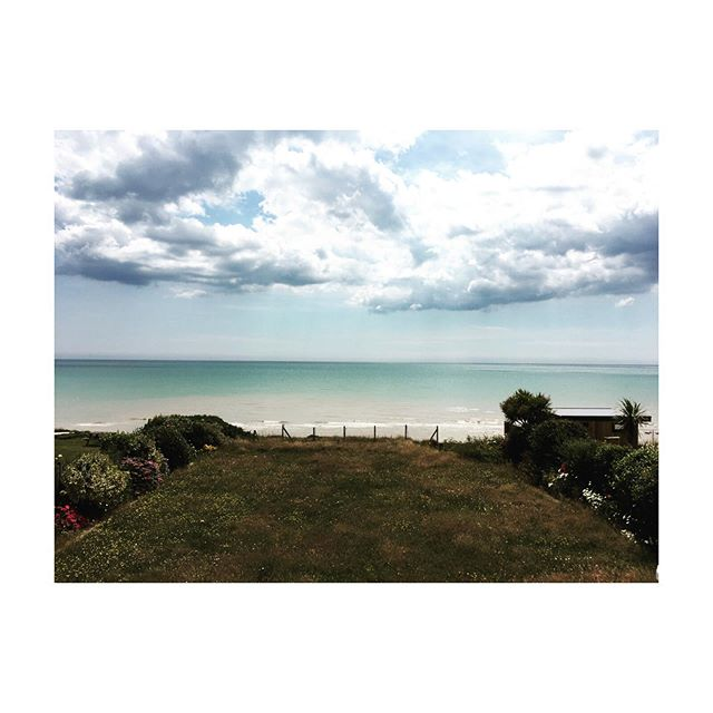 Beautiful new site on the East Sussex coast. Tempted to have a quick dip..... #site #architect #newbuildhouse #eastsussexcoast #seaview