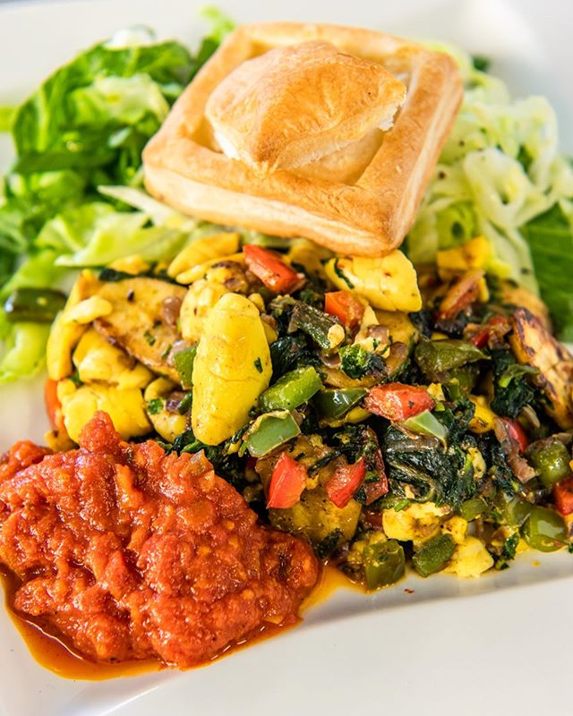 #throwback to 'The Jamaican' from @parksedgebarandkitchen at this years Brunch Fest! This was their exclusive dish... Ackee, Steamed Greens and red pepper spinach, spicy tomato & Pineapple & Rum Glazed Green Banana on Vegan Filo Pastry 🍌 🍍🍅 🤤 #parksedgebarandkitchen #londonbrunchfest #exclusivedish . . . . : . . #londonbrunch #londonfoodies #brunch #londonbrunchspots #brunchfest #foodfest #foodfestival #eating4insta