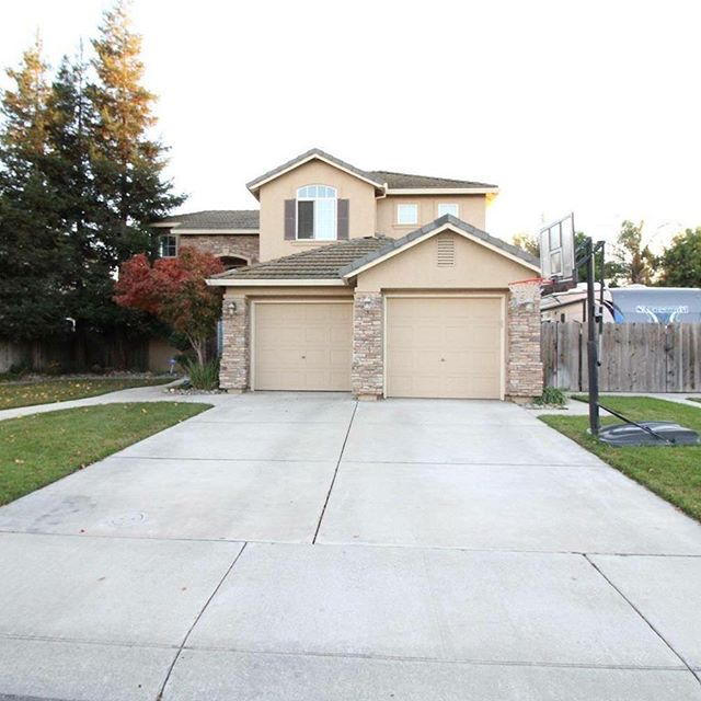 Our realtor Jennifer Lewallen was able to save her seller $6,540.00 with his Union Membership.  Sold 1/19/18 for $436,000 4 Bedrooms, 3 Bathrooms, 2,301 Sq ft Built in 2000 Manteca Ca CA BRE #01956491