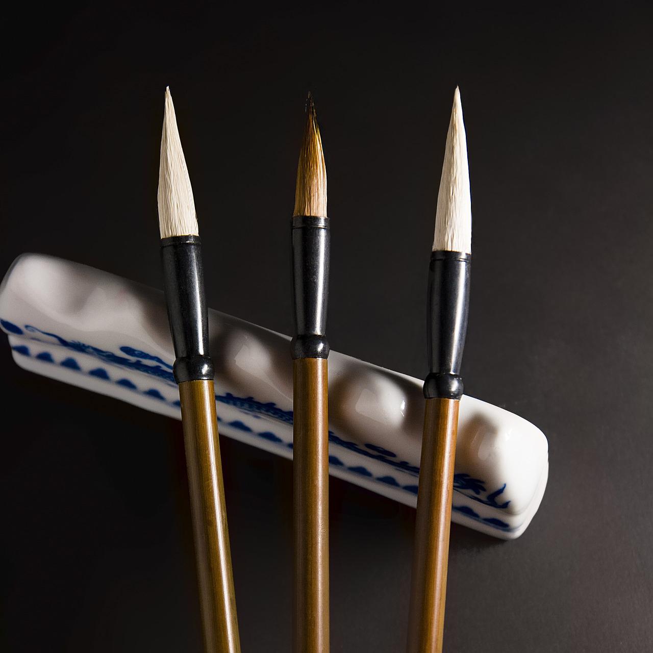 watercolor brushes for sculpting.jpg