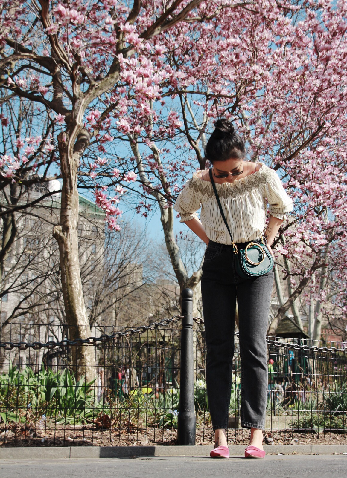 10 Little Things To Do In Spring - I've lived in New York for four years now, I can't say I love New York all the time. The city is like an annoying ex that full of disappointment and never keeps its promises. But every spring...