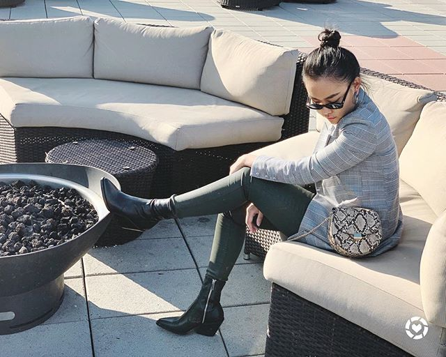 Shall we get the fire started 🍂 Follow me on the LIKEtoKNOW.it app to get the product details of these beautiful boots http://liketk.it/2xNbk . . .  #liketkit @liketoknow.it #outfitideas #styleoftheday#fashionaddict #everydaystyle #style #fashionista #instastyle #outfitinspo #mylook #stylegram #casualchic #bloggervibes #effortlessstyle #whatiwore #thehappynow #discoverunder10k #itbag #fashionblogger #streetstyleluxe #photooftheday #skinnyjeans #htfla #fallfashion2018 #instamood #穿搭 #westernboots #girlboss #autumn🍁