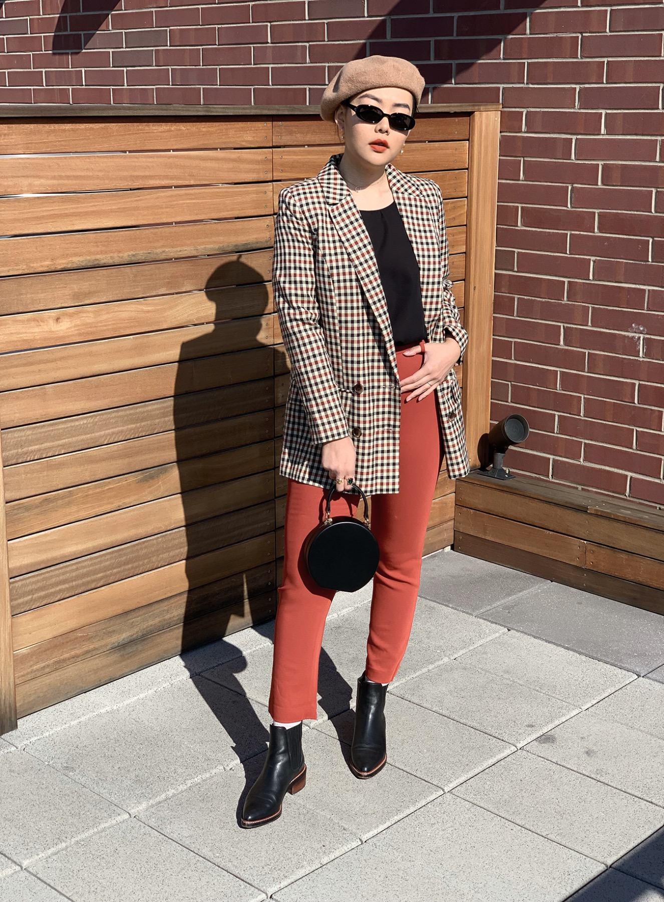 Fall winter 2018 color trends - How to wear color this fall - Burnt Orange.