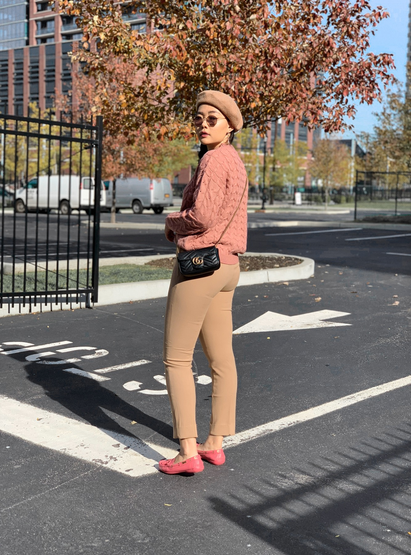 Romantic Weekend Look - Pink Sweater Casual Outfi