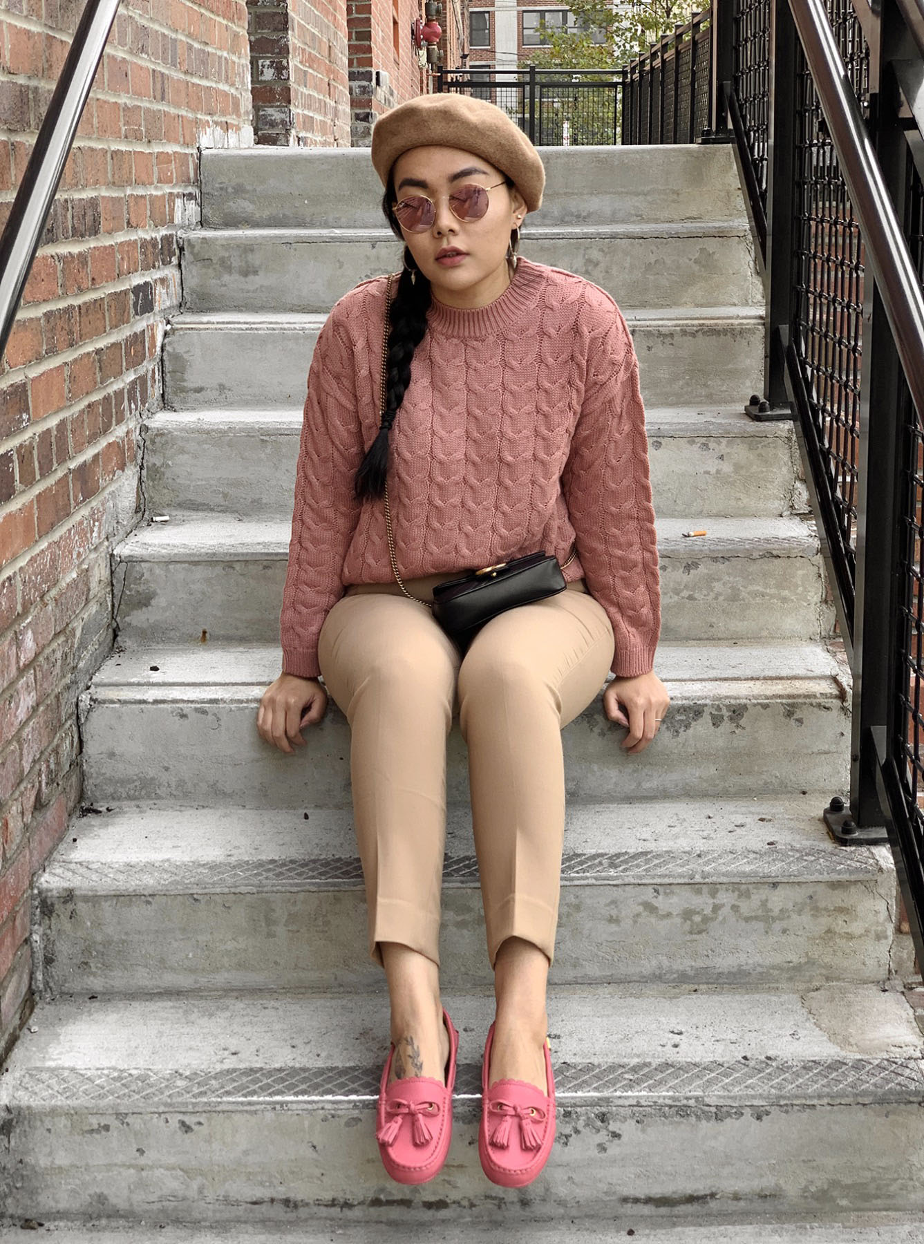 Romantic Weekend Look - Pink Sweater Casual Outfit