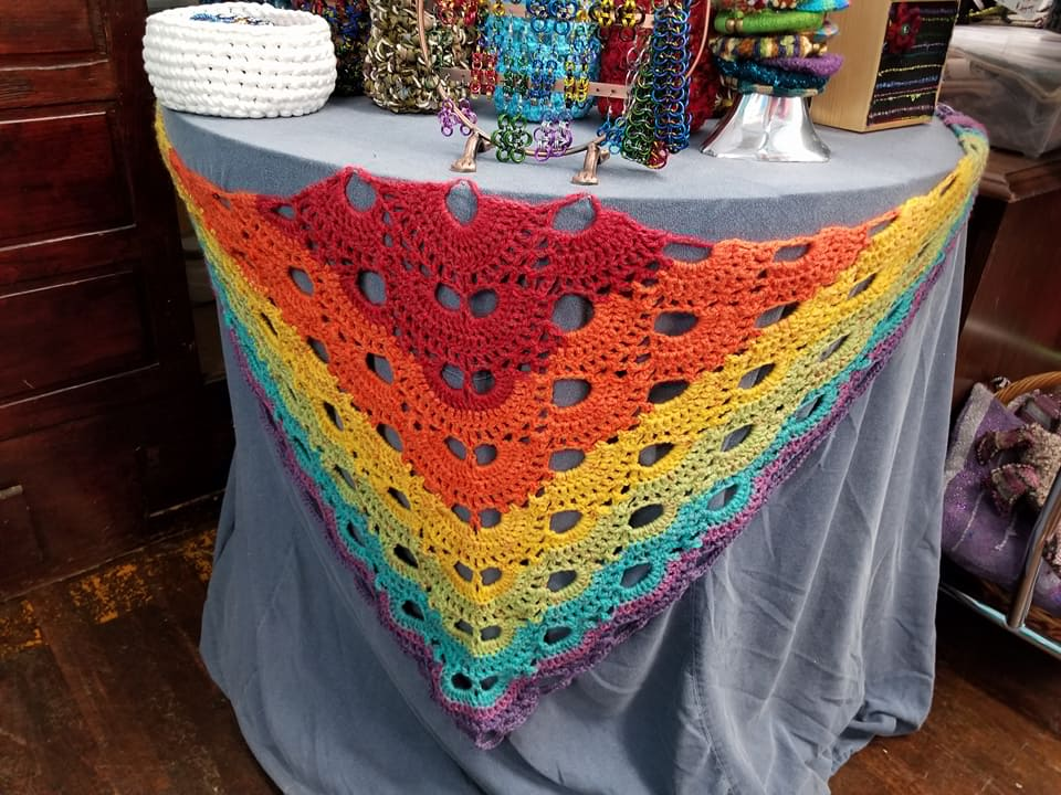 virus_shawl_crochet_foldoutcat_Q.jpg