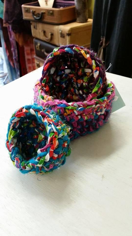 crochet_bowls_foldoutcat.jpg