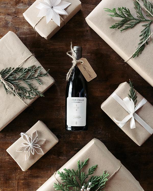 Brent_Henry_Martin_Seven_Falls_Wine(Holiday-18)-116.jpg