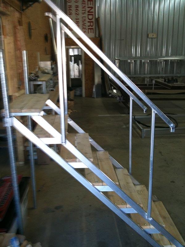 escalier-alu.jpg