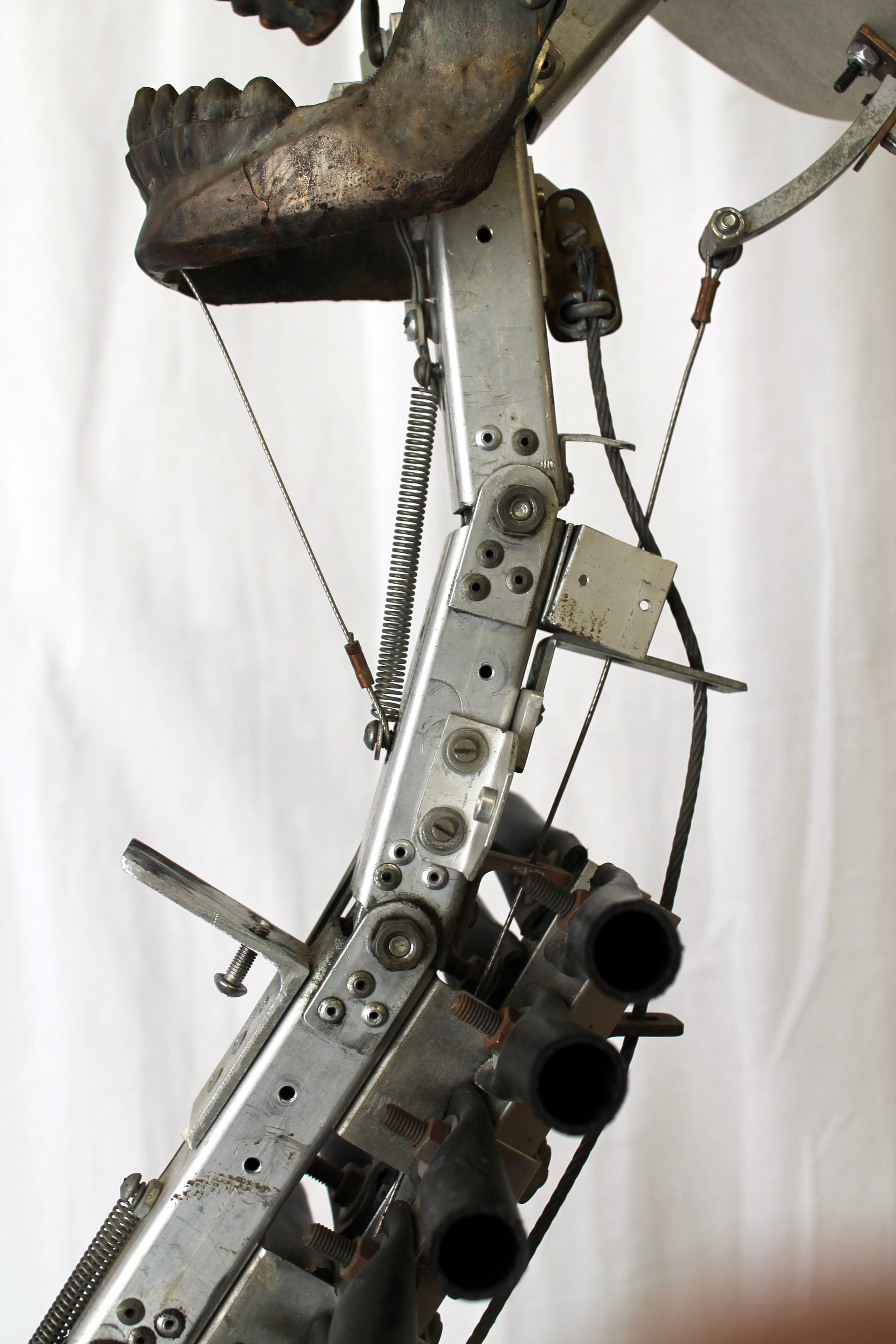 Side View of Neck Mech