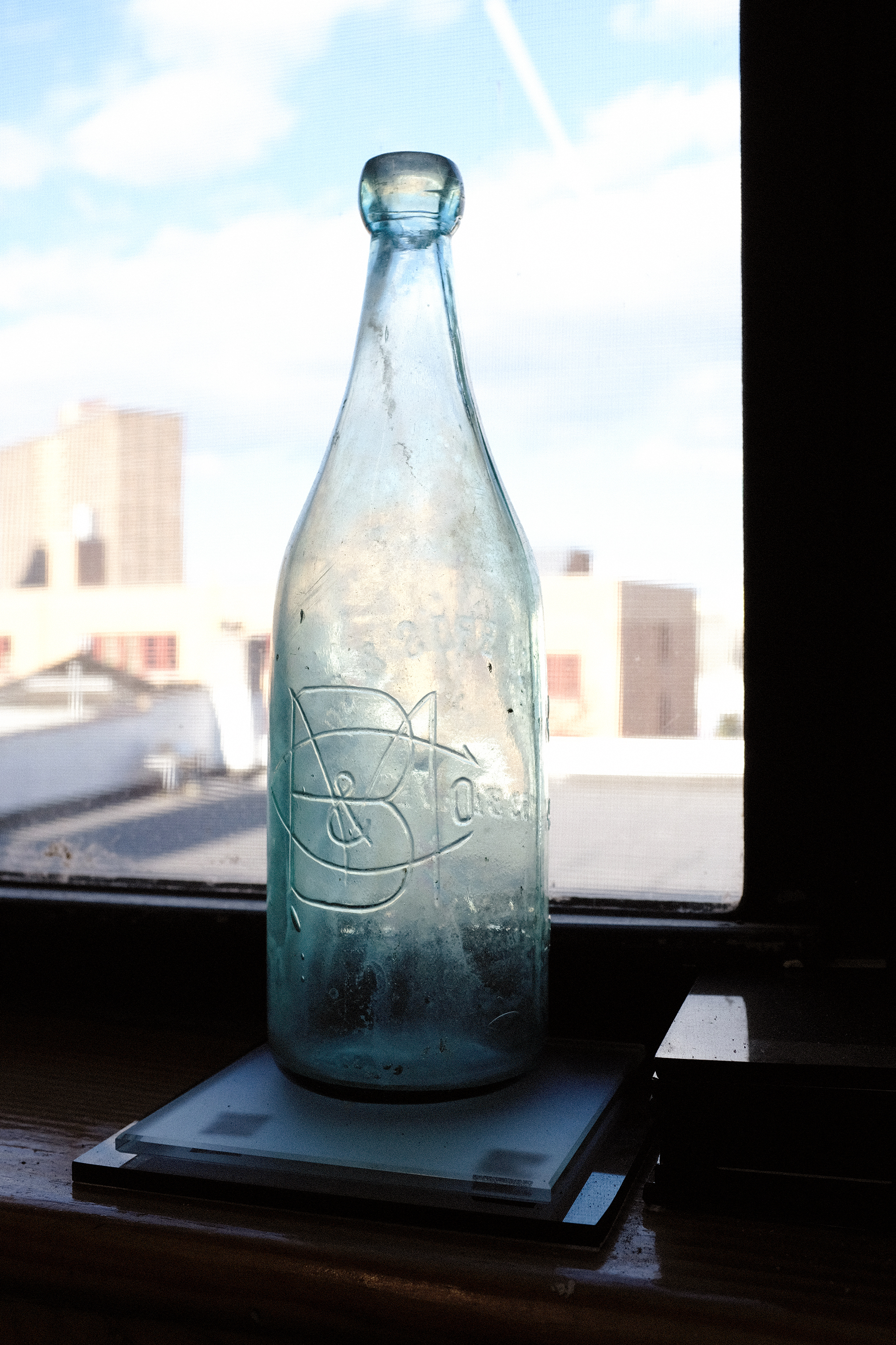 A late 1800s beer bottle made for the Minck Brothers