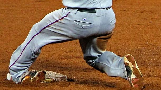 mike-napoli-ankle-injury.jpg