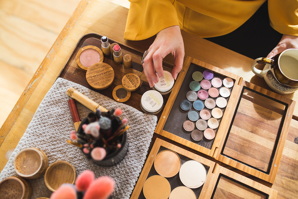 Create Your Capsule Beauty Ritual - Create a ritual that is full of self-love and products that are organic, sustainable and low-waste. Bring your makeup bag with you for extra fun!