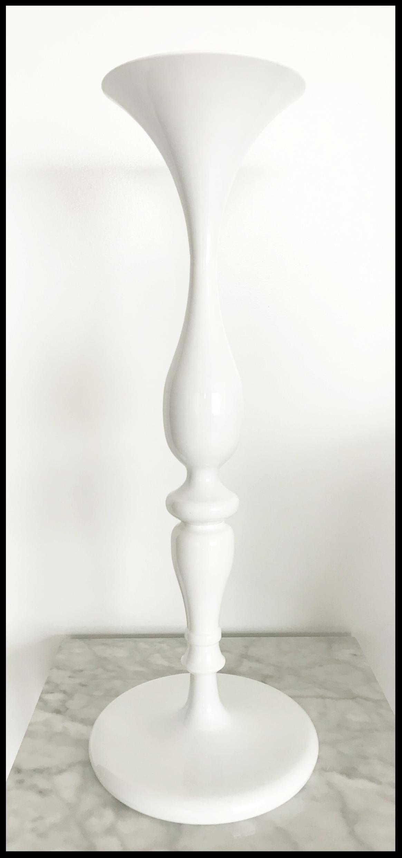 Contoured Classic Vase
