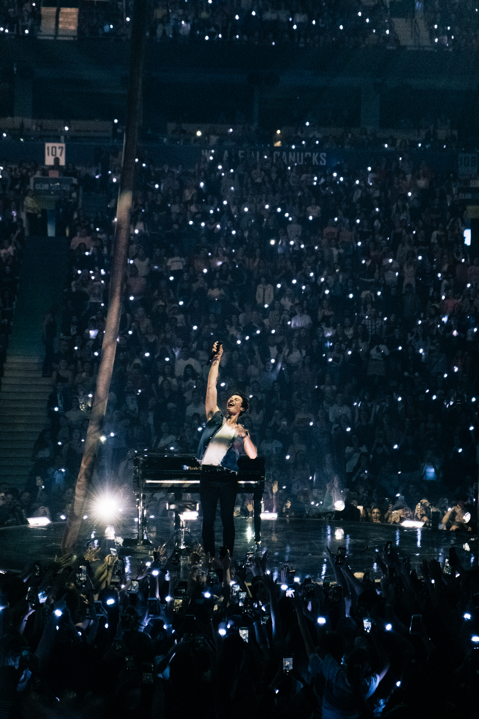 Shawn Mendes - Rogers Arena - Vancouver, BC
