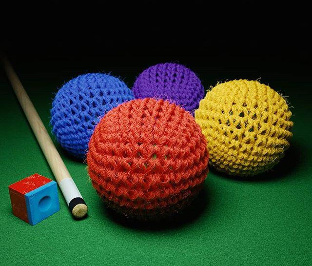 Crochet or billiards?! #3dart #3d #3dmodel #3drender #instart #cgi #c4d #personalproject #3dfur #billiards #billiardgame #bilhar #digitalart @bionic.studio
