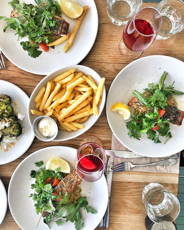 One of our favourite lunches along Sydney's beautiful Northern Beaches, Merivale's @thecollaroy