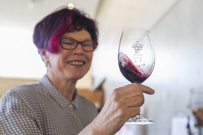 Maureen O'Connor with the 2015 Burnt Acre Shiraz