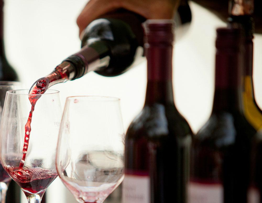 Bendigo-Winegrowers_Events-Heritage-After-Dark-wine.jpg