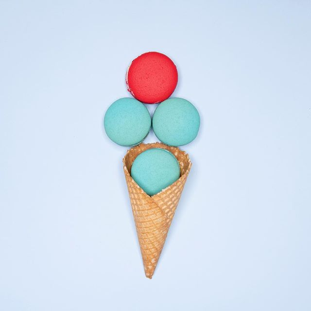 Ice cream for the weekend! #icecream #macarons #yum #sydneycakes #fridayfunone #somethingdifferent #designer #contentcreator #squarespacedesigner #catchupmedia