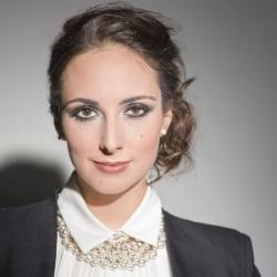 Cecelia Hall ,  mezzo-soprano