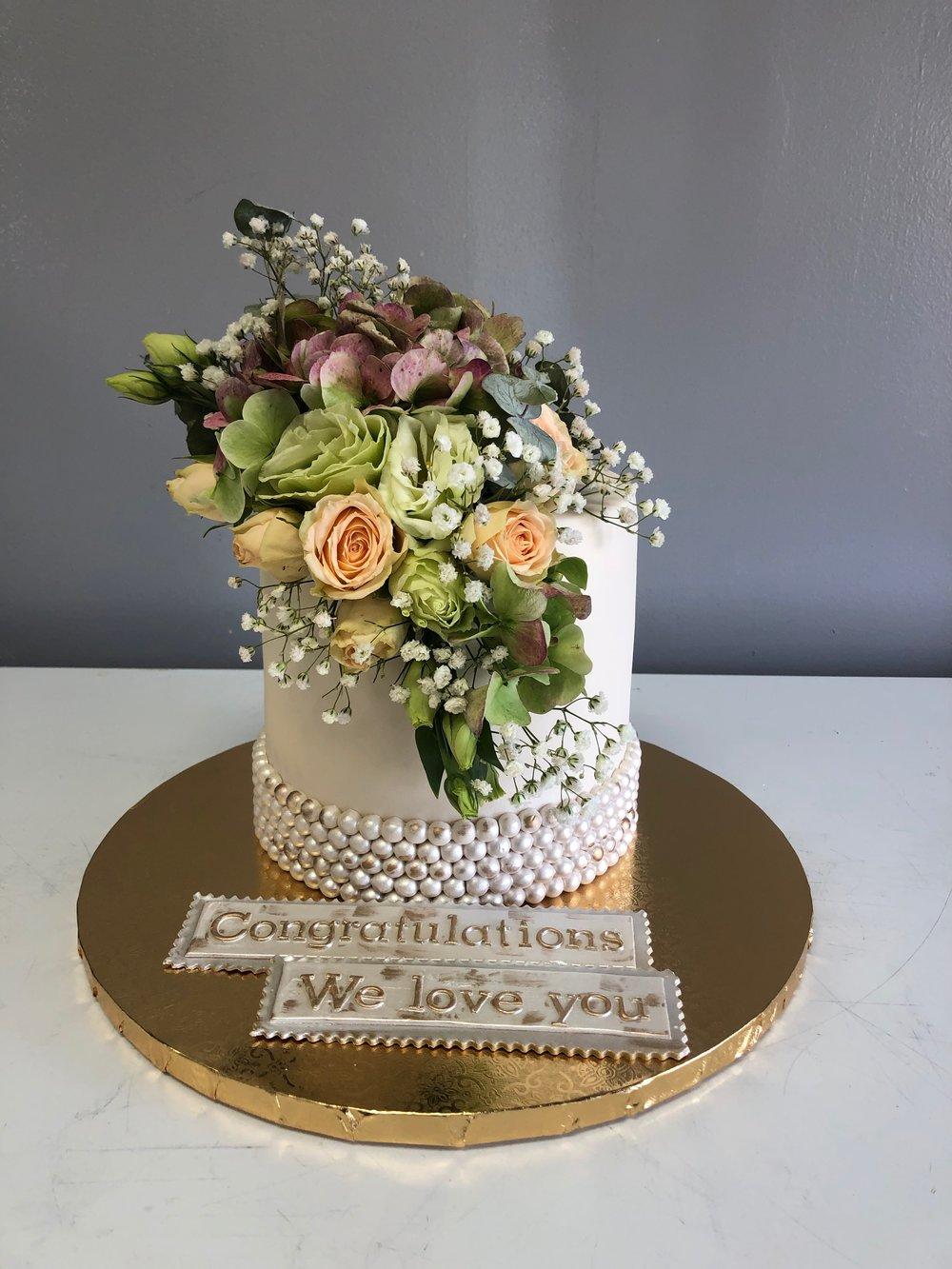 Best Engagement Cake