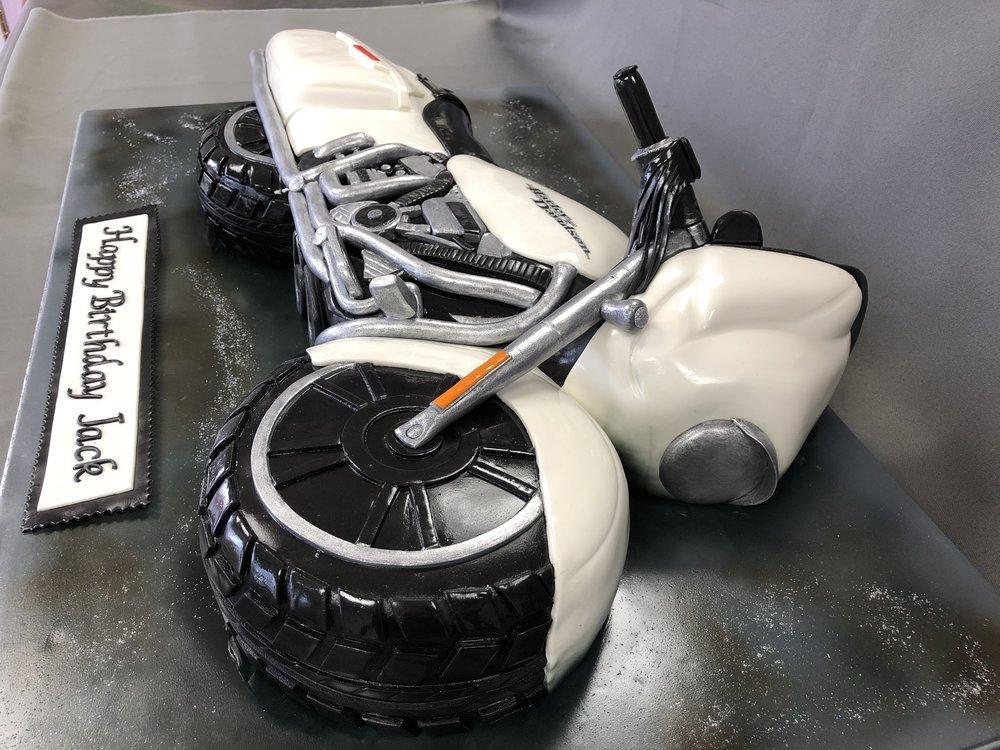 2D Harley Davidson Motorcycle Cake NJ
