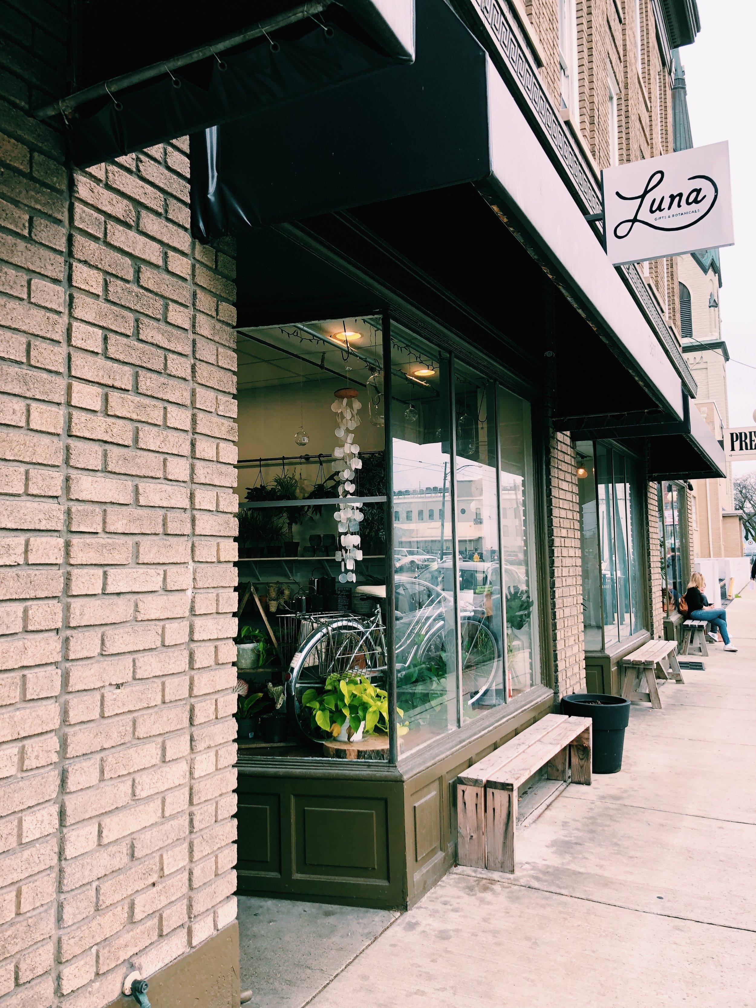 luna-gifts-botanicals-dayton-ohio