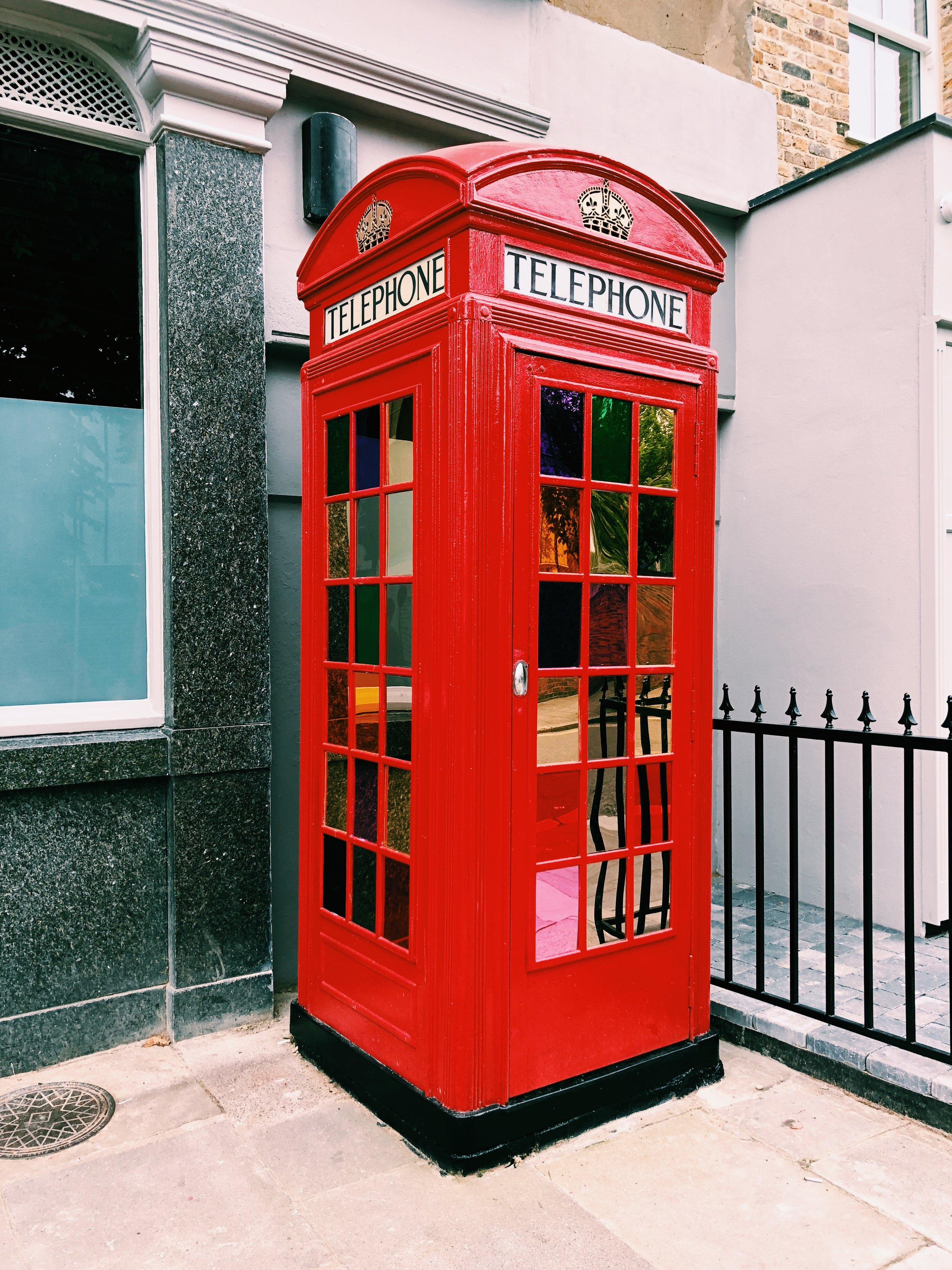 phone-booth-london.JPG