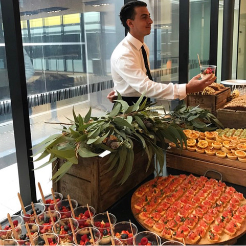 We know how to cure Monday blues! Flash back to our amazing Jordan serving up the most delicious breakfast bites for Monash Health Education for @icon_agency.