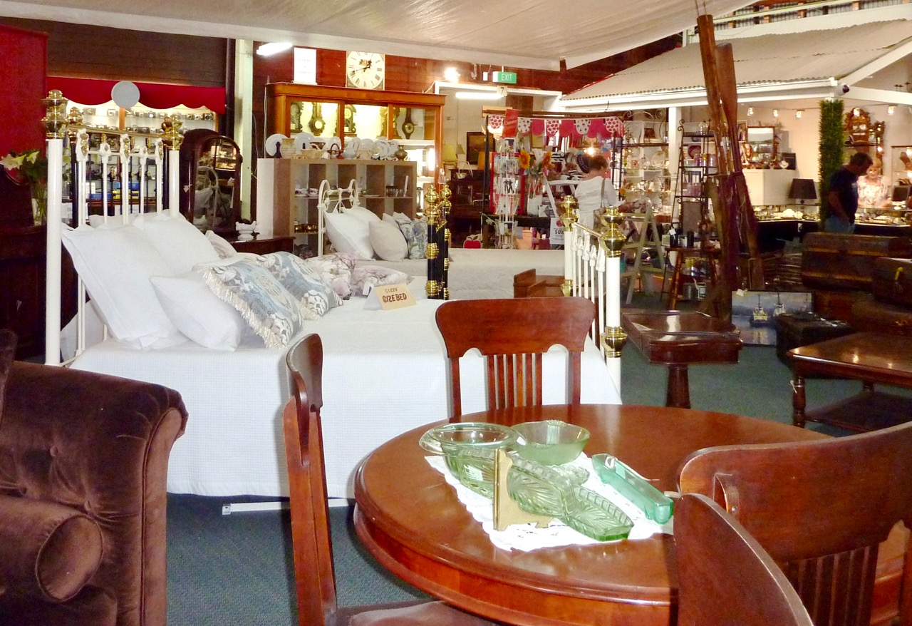 Antique Bed Specialists-3.jpg
