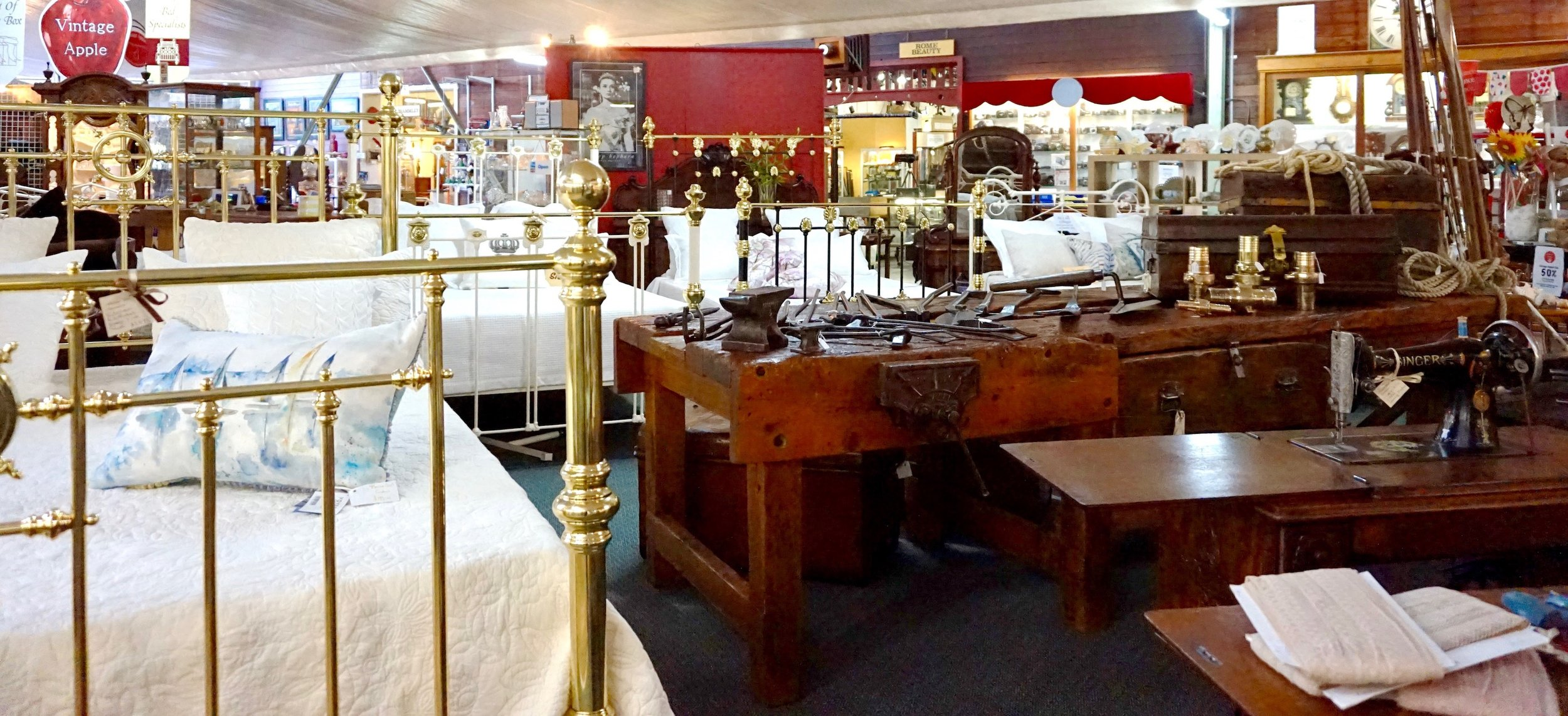 Antique Bed Specialists-14.jpg