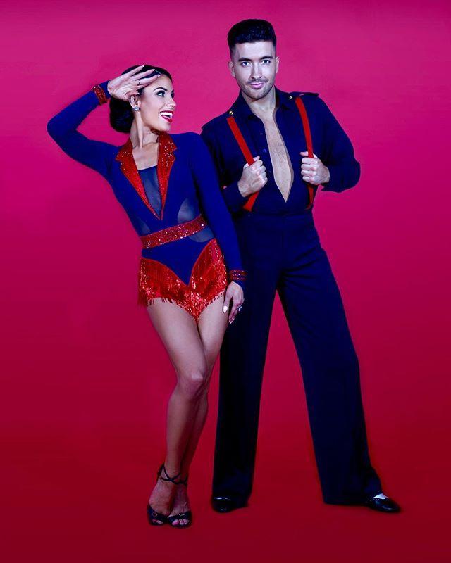 In The Navy ⚓️ @aaronbrownuk & @jasminetakacs för styret mot destination Dance The Night Away! Köp dina biljetter på www.dancethenightaway.se #dancethenightaway #dancethenightawayshow #sverigeturne #dansshow #2019 #hösten #letsdance #scd #dwts #tour #sweden #sverige #danspar #dancers #dansare Fotograf @fionawhytepics