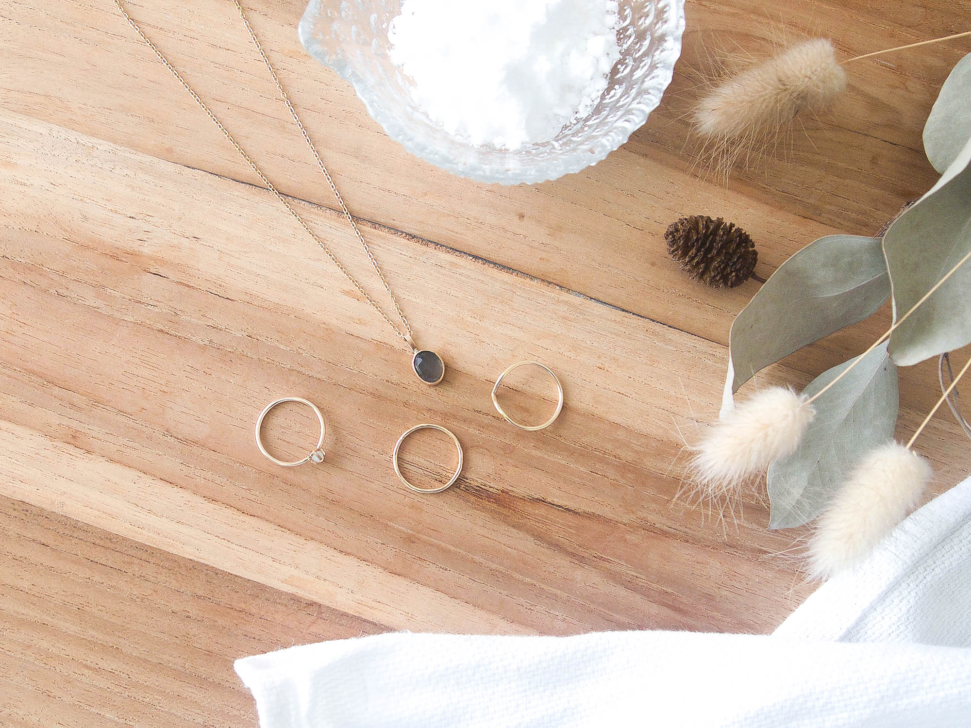 At home jewelry cleaning solution