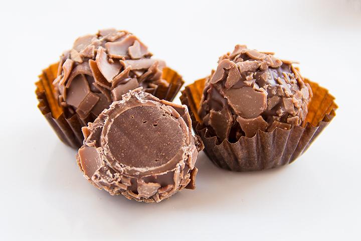 Cocoa Cream Truffle
