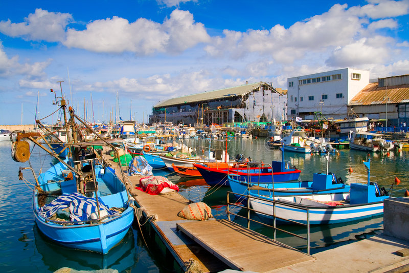 lots-boats-picturesque-port-tel-aviv-8258534.jpg