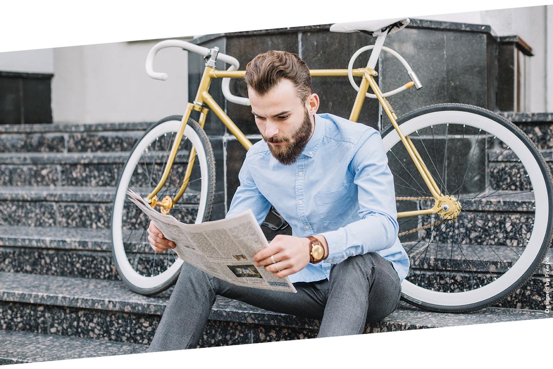 Man_Newspaper_Bike_72dpi.jpg