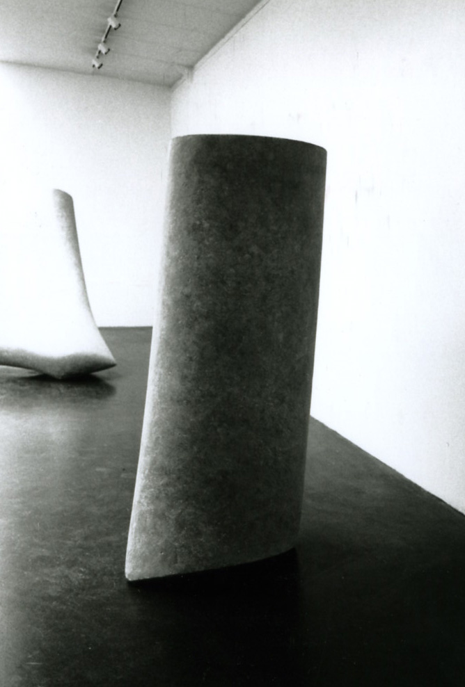 Cement . 1997. dimensions: 160 x 60 x 45 cm