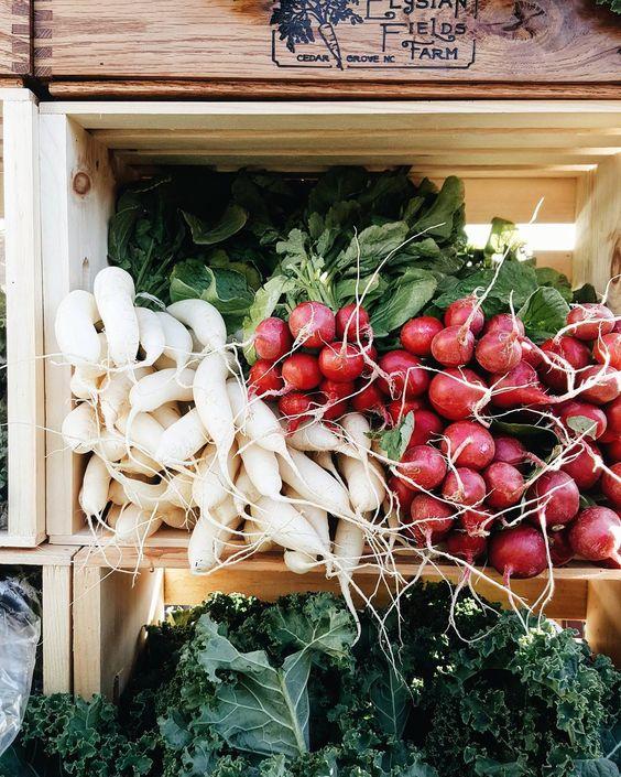 Carrboro Famer's Market c/o @ kchysmith