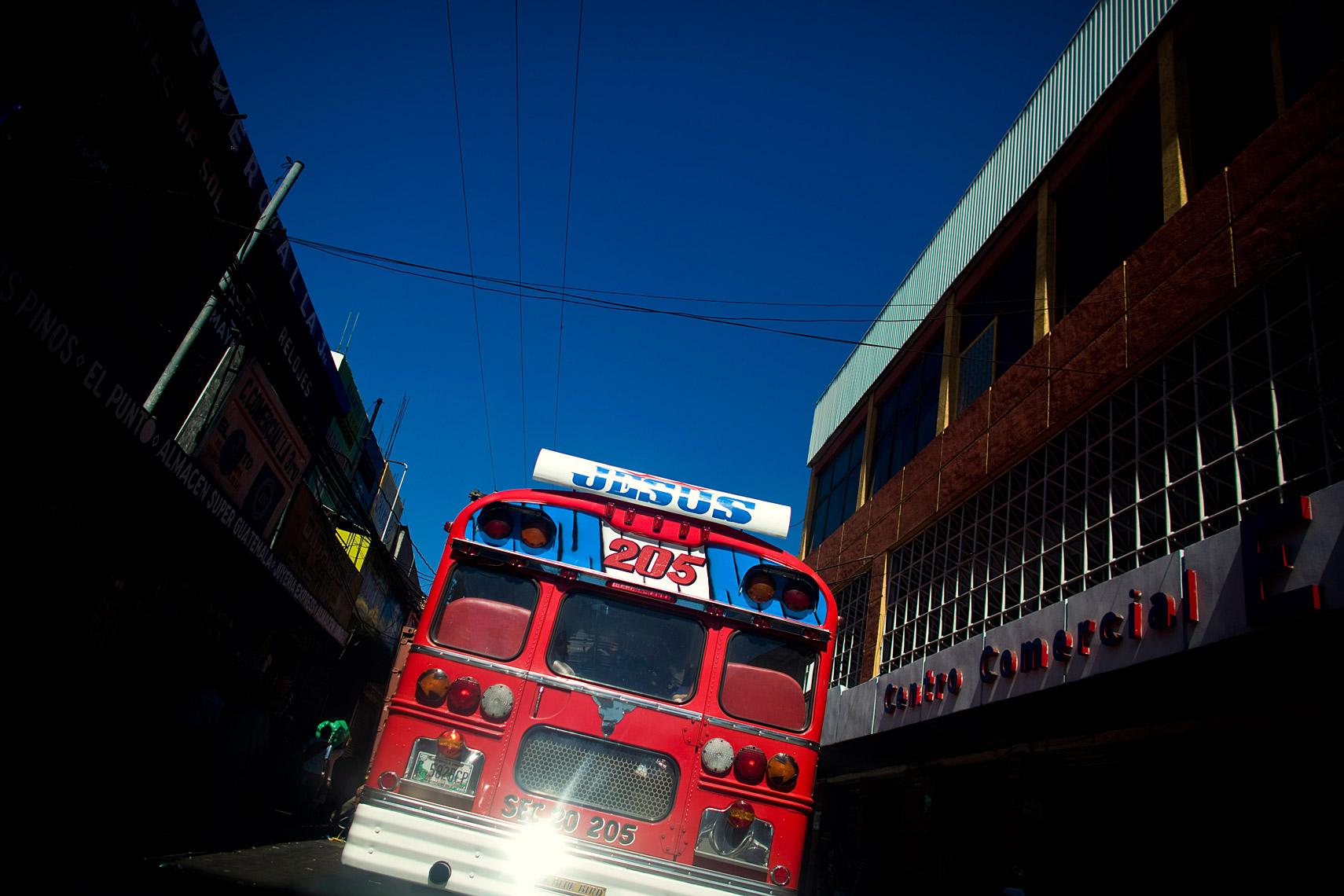 bus025.jpg