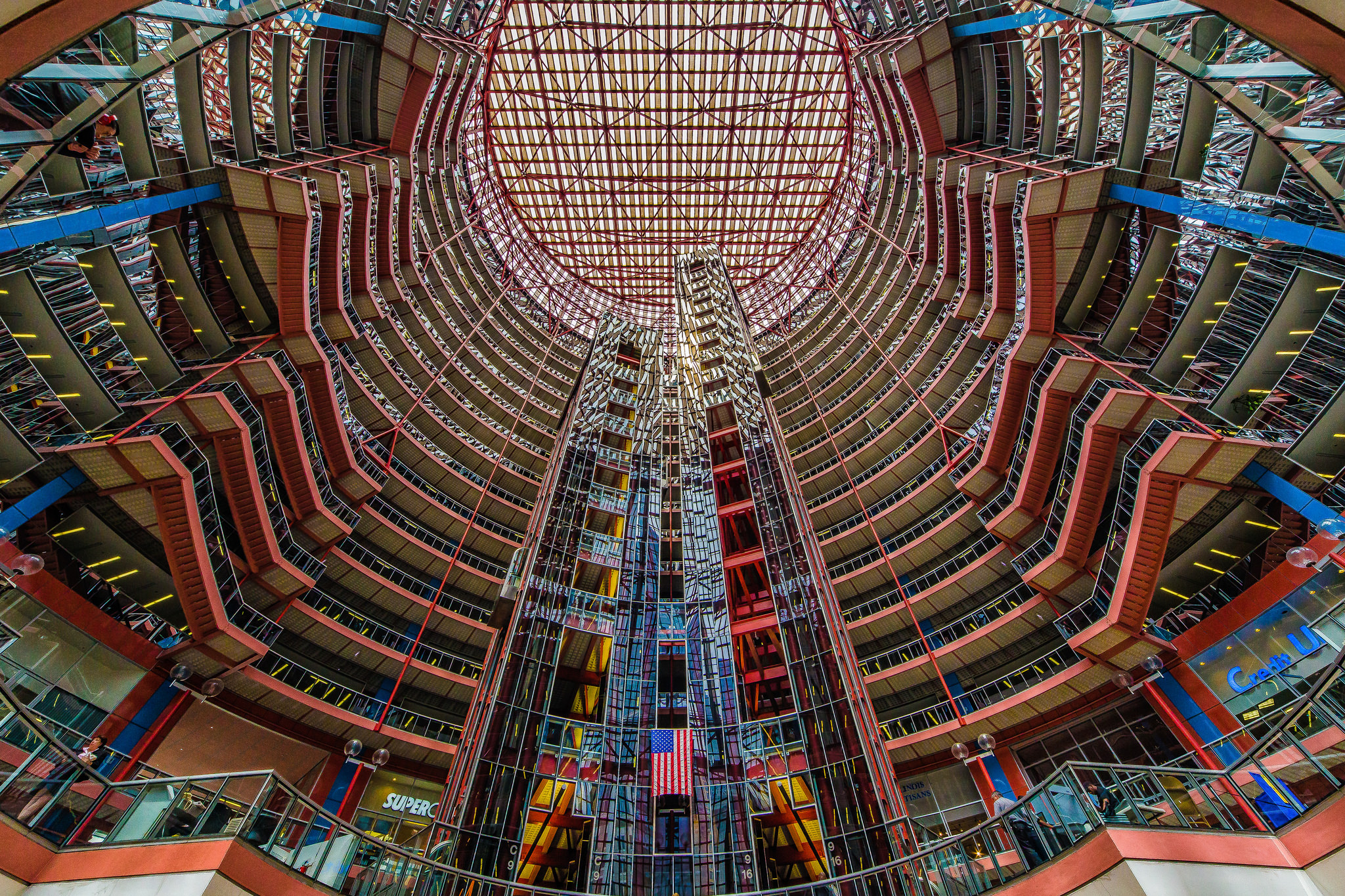 James R. Thompson Center Atrium, photo by  Mobilus in Mobili  via Flickr