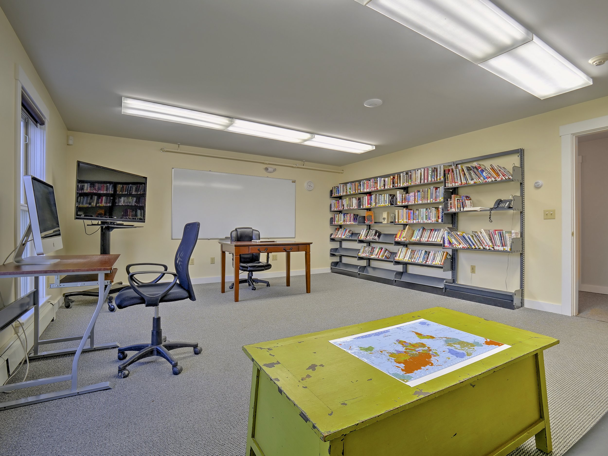 Young Adult Collection, Flexible MEeting space