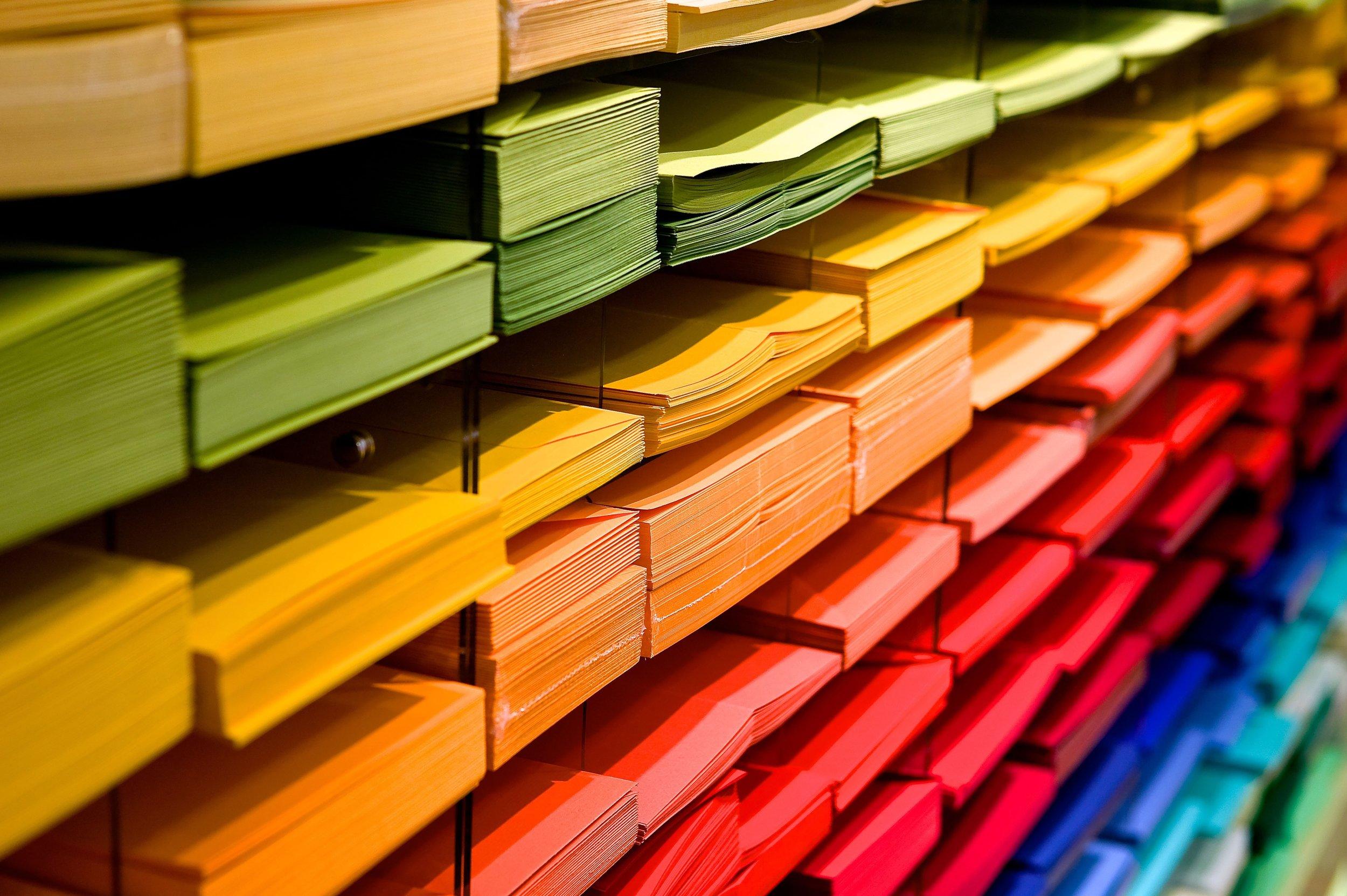 bookstore-color-colorful-159519.jpg