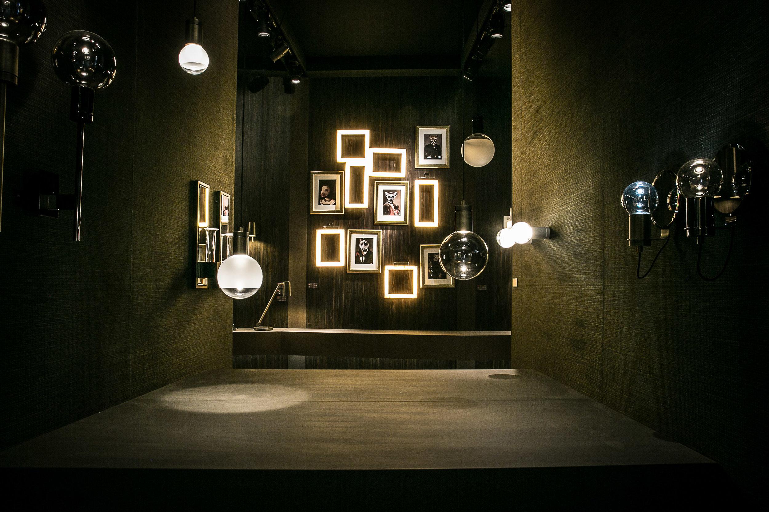 SOLITARIO Sistem di lampade archidecorativo disegnata da Marcello Colli e Maurizio Di Mauro per Contardi Lighting