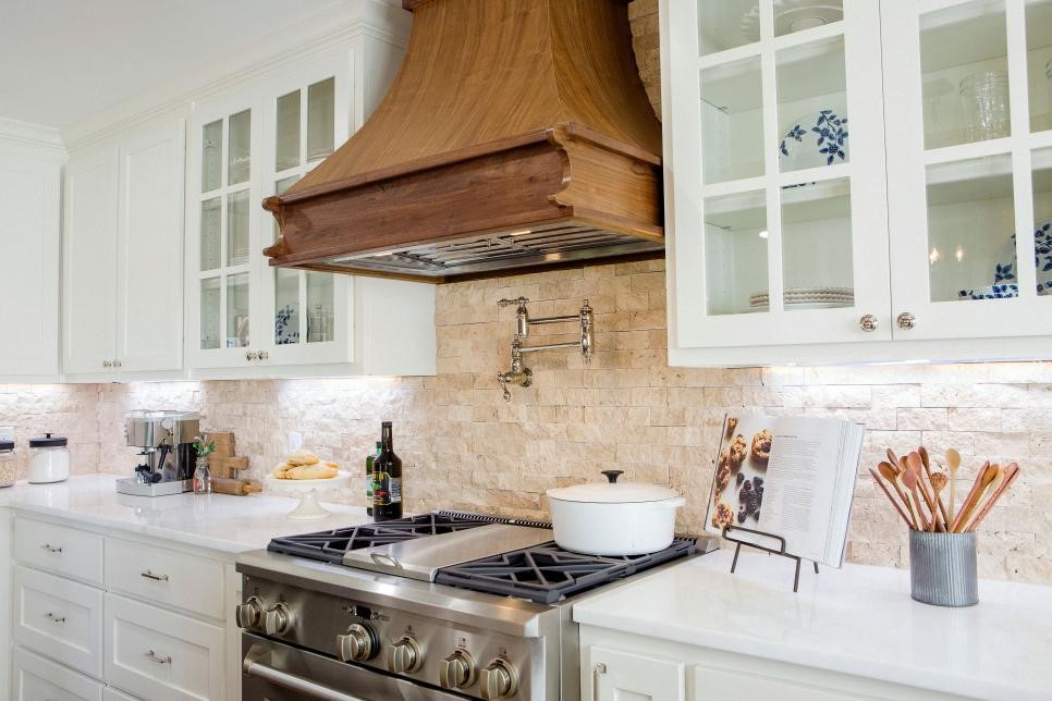 stone kitchen backsplash.jpg