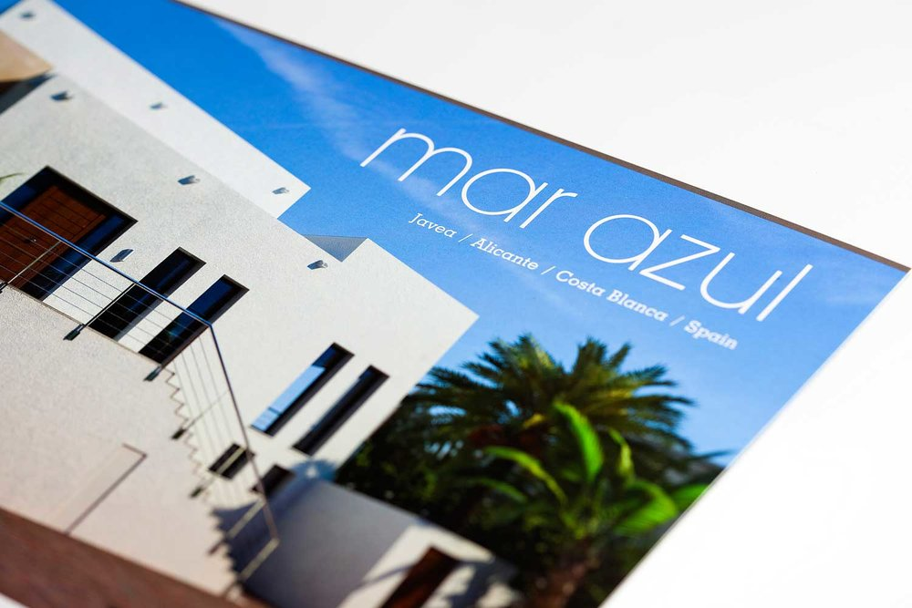 Property brochure designed and produced by Charles Roberts Studios